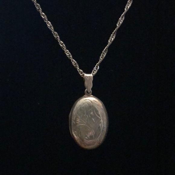 Vintage Sterling Etched Locket Necklace